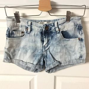 Cotton On Booty Shorts Light Denim Jeans size 4